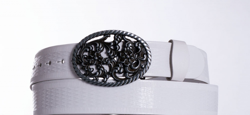 Kožené opasky - Bílý kožený pásek Růže vr