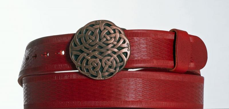 Kožené opasky - Červený kožený pásek Uzel vr