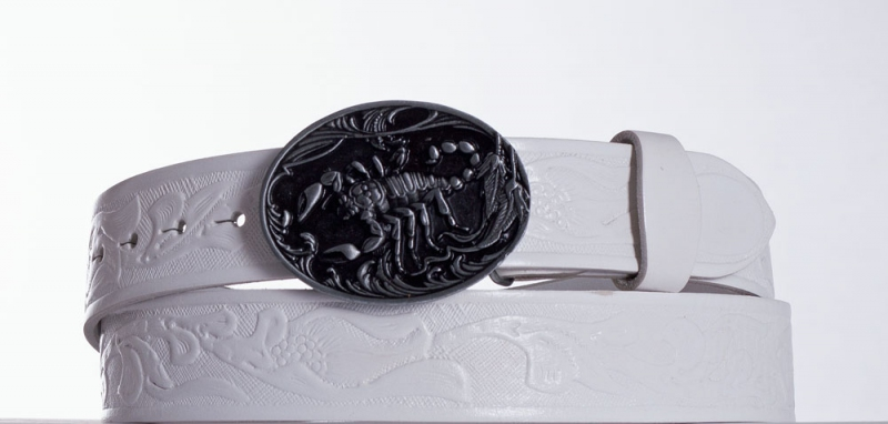 Kožené opasky - Bílý kožený pásek Štír vz.