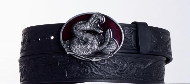 Kožené opasky - Černý kožený opasek Had vz.