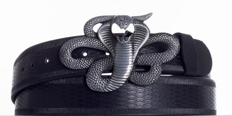 Kožené opasky - Černý kožený pásek Kobra vr