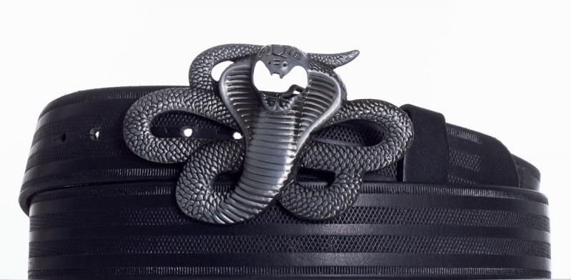 Kožené opasky - Černý kožený pásek Kobra pr
