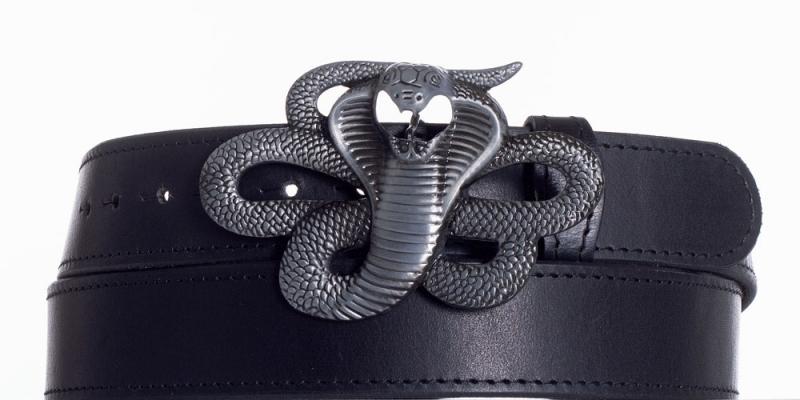 Kožené opasky - Černý kožený pásek Kobra obč