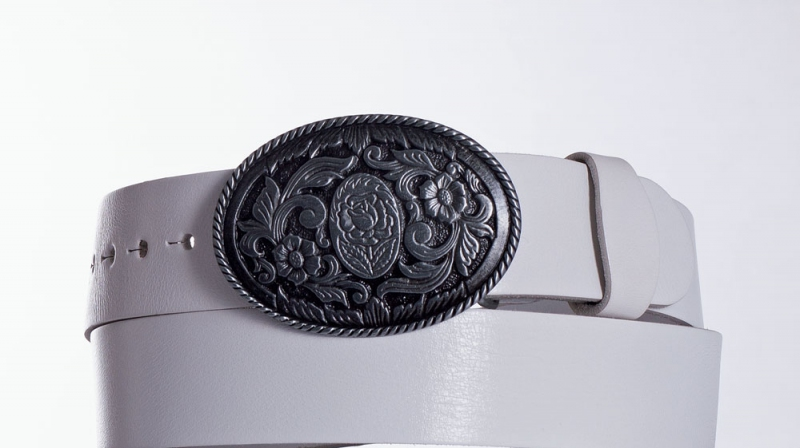 Kožené opasky - Dámský bílý kožený pásek Ovál