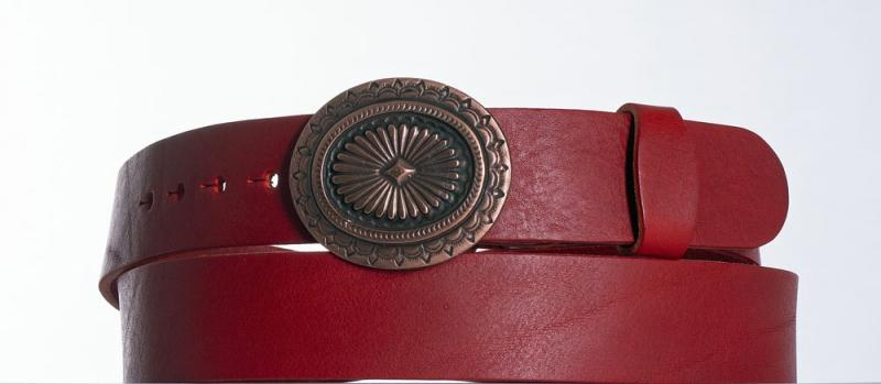 Kožené opasky - Červený kožený opasek Ovál