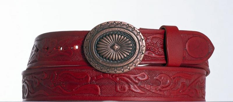 Kožené opasky - Červený kožený opasek Ovál vz
