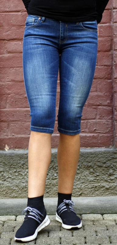 Dámské džíny - Dámské riflové kraťasy 368