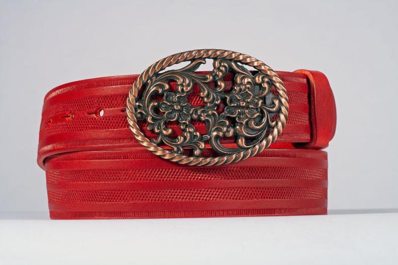 Kožené opasky - Červený opasek růže proužek