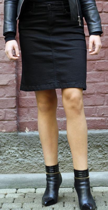 Dámské džíny - Džínová sukně černá Pace jeans